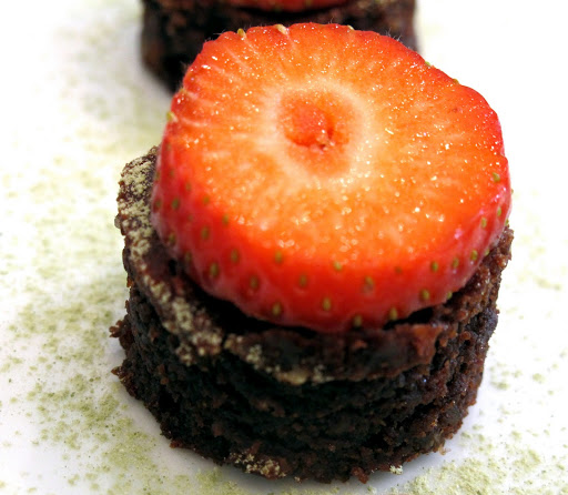 kake32 - Brownies med mandelmel, fruktose og olivenolje