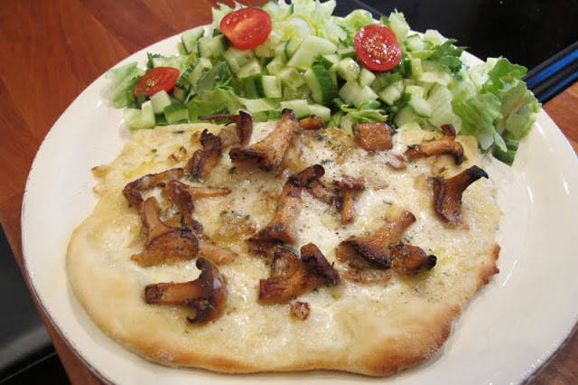 kantarellpizza - kantarell-pizza