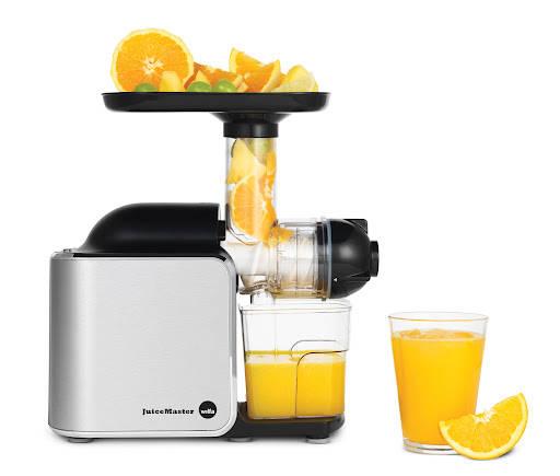 sj 150a front juice2 li23933 12 - Vinn en fruktjuicer!