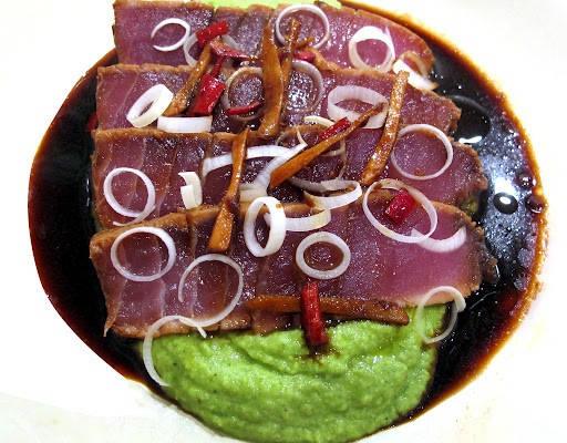img 57972 512x400 - Marinert tunfiskbiff med erte- og brokkolipuré