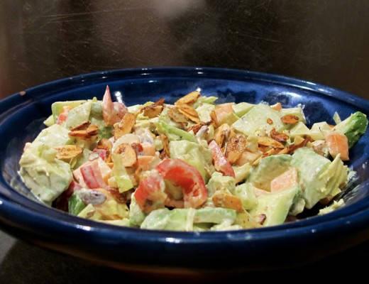 img 7963 520x400 - Kremet salat med karrimandler