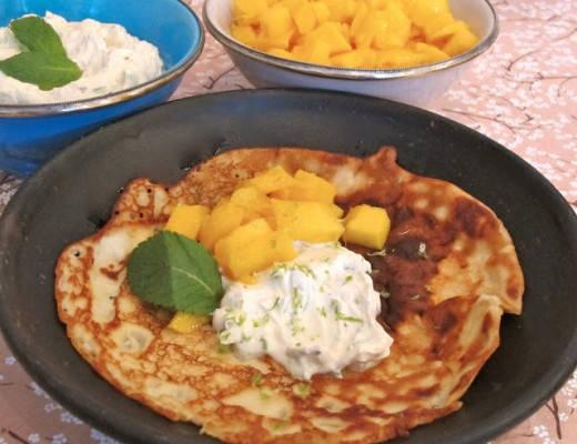 img 8085 520x400 - Kokospannekaker med mango og limekrem med mynte