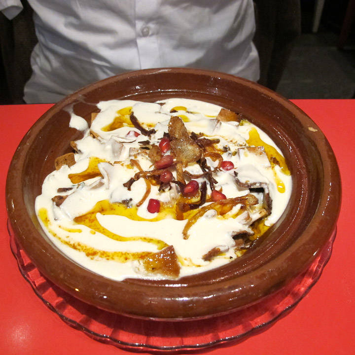 Lam i yoghurtsaus
