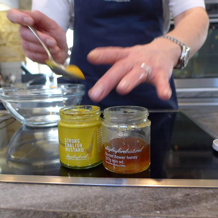 Dressing av sennep og honning