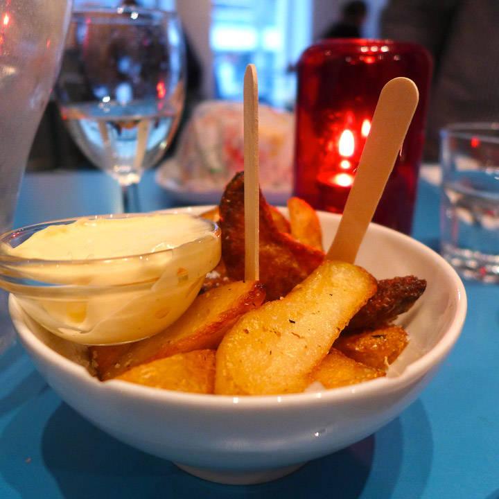 Grillede poteter med aioli.