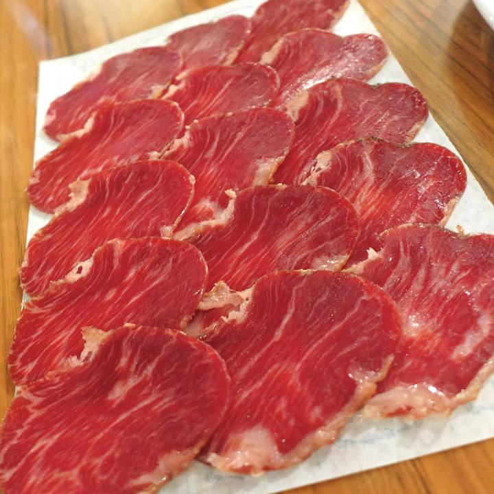 Presa-skinke fra Joselito. Fantastisk smak! Vi kjøpte med oss en slik hjem.