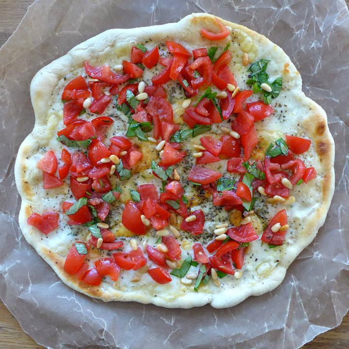 l1030835 - Pizza Caprese