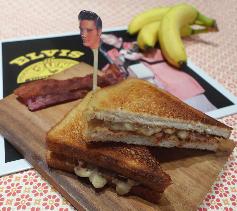 l1070716 - Lag en Elvis-sandwich – I dag hyller vi Kongen!