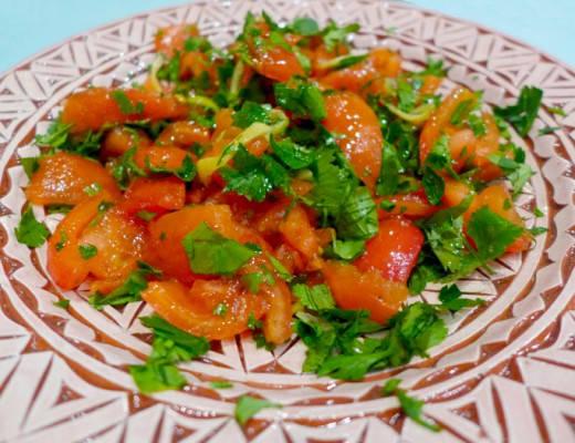 tomat 520x400 - Spennende tomatsalat – perfekt tilbehør til kylling eller svin