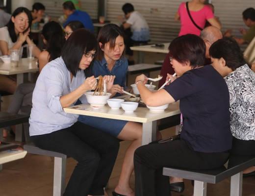 j49a0011 520x400 - Streetfood i Singapore