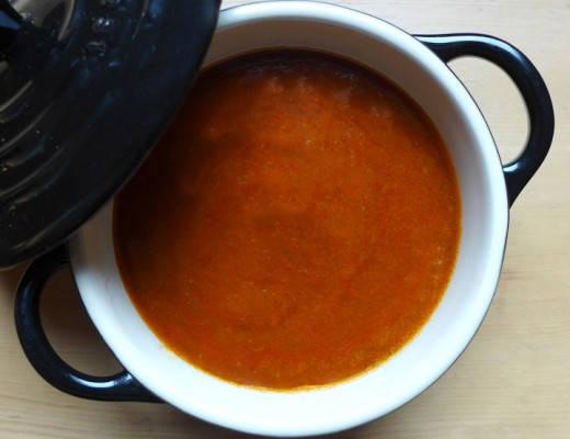 tomatsaus 520x400 - Hjemmelaget tomatsaus til alt!