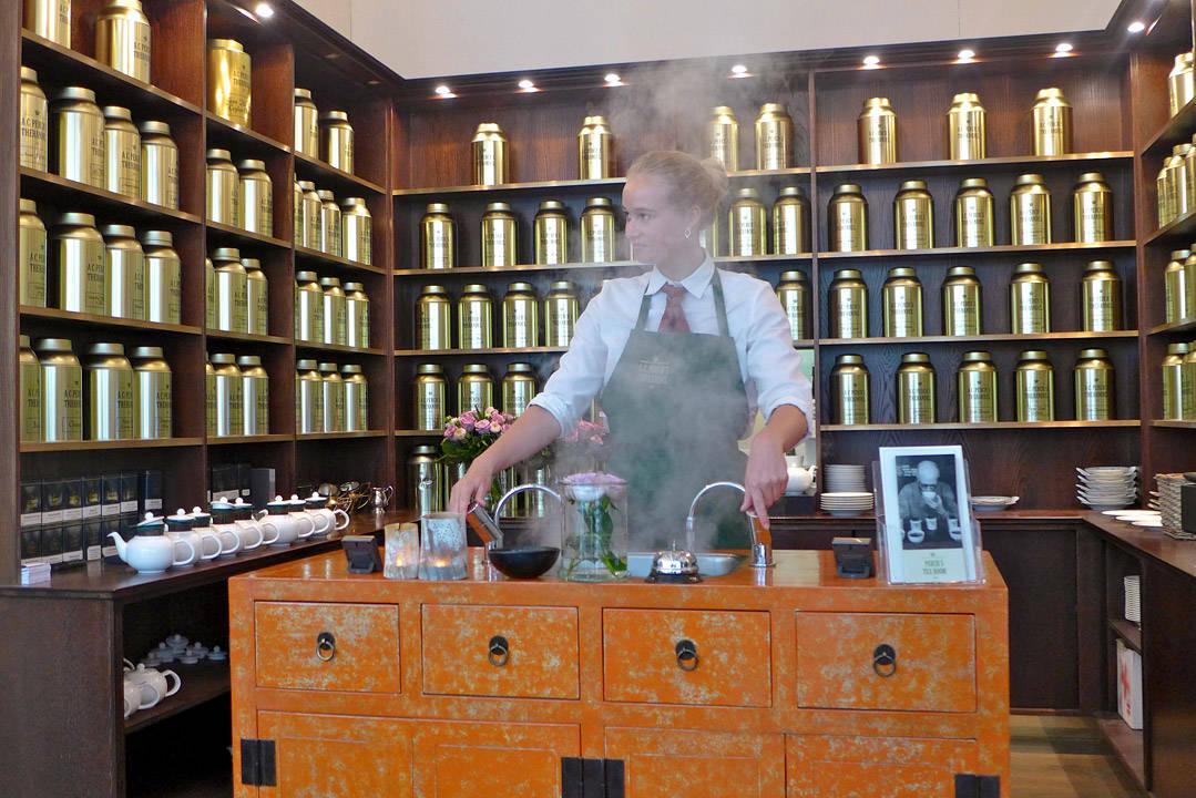 Her brygges det te. Perch's i Århus.