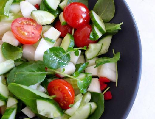 L1140409 520x400 - Enkel og frisk salat med brønnkarse og melon