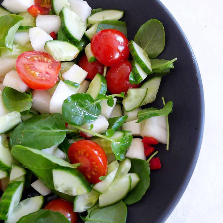 L1140409 - Enkel og frisk salat med brønnkarse og melon