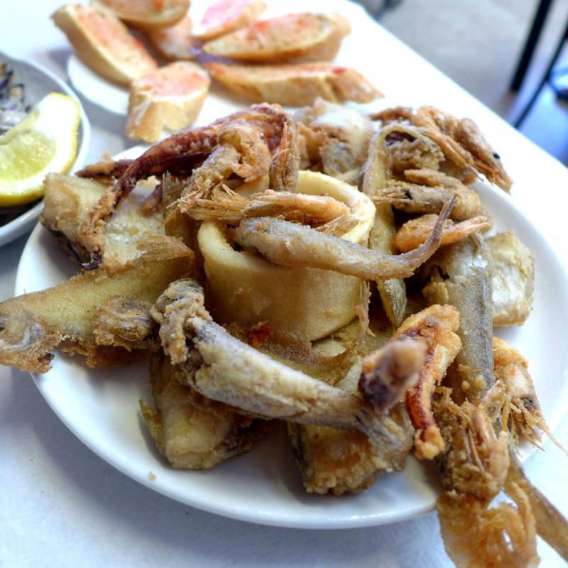 Frittert småfisk.