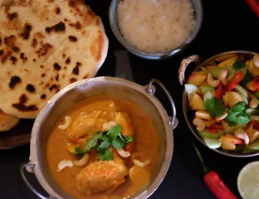 DSCF4731 520x400 - Indisk kyllingcurry, nanbrød og en frisk salat