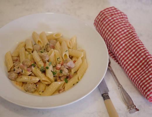 DSCF4750 520x400 - Den deiligste jukse-kjøttbolle-pasta