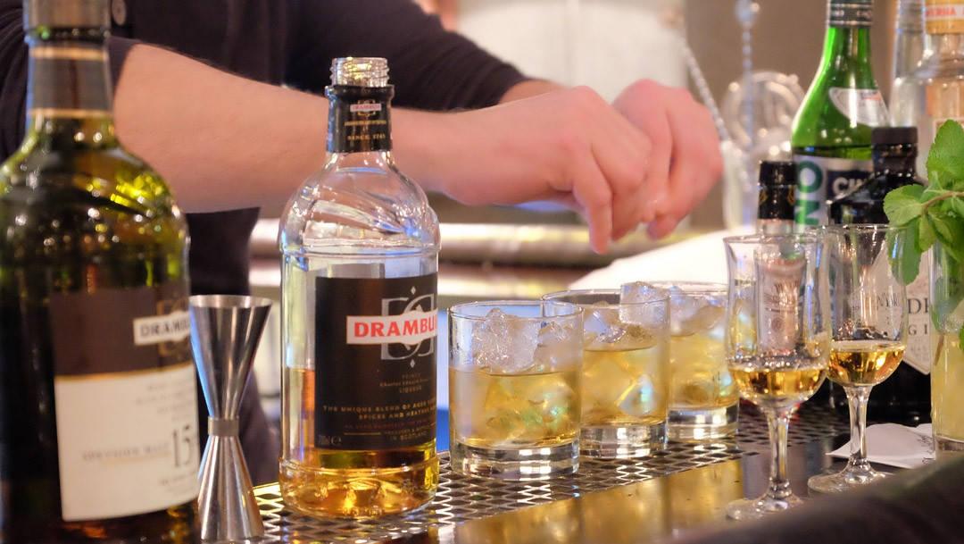 DSCF5749 1080x609 - Sinatra-drinken
