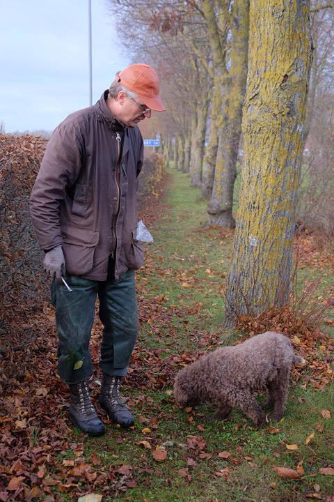 Olof og trøffelhunden Bruno.