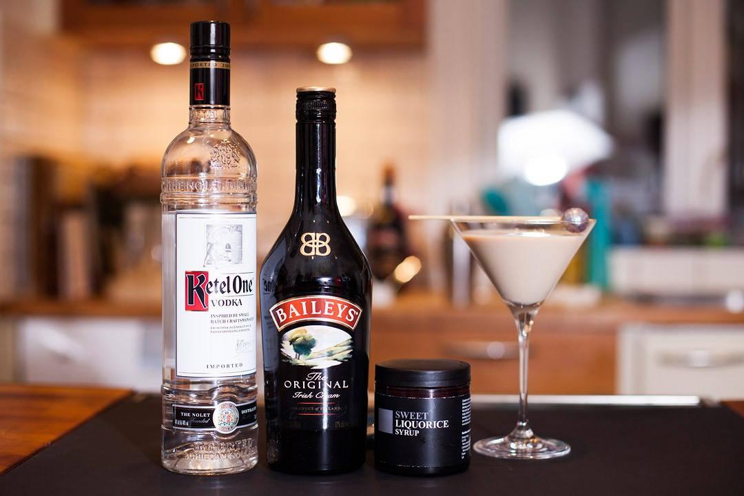 IMG 9807 1080x720 - Lakris- og Baileys Martini