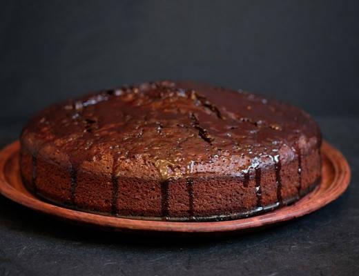 DSCF8169 1 520x400 - Marcus Samuelssons saftige sjokoladekake med rom