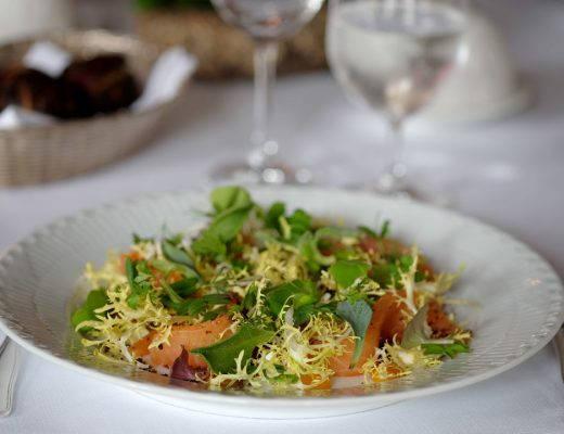DSCF0495 520x400 - Salat med tindved og røkelaks
