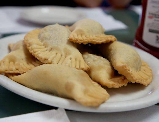 J49A2075 520x400 - Perfekte kubanske empanadas