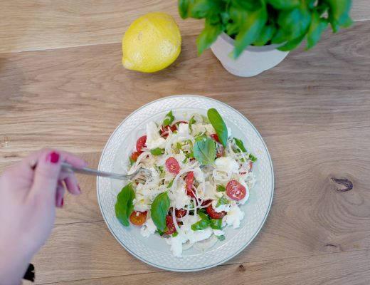 L1180366 520x400 - Sommerlig salat