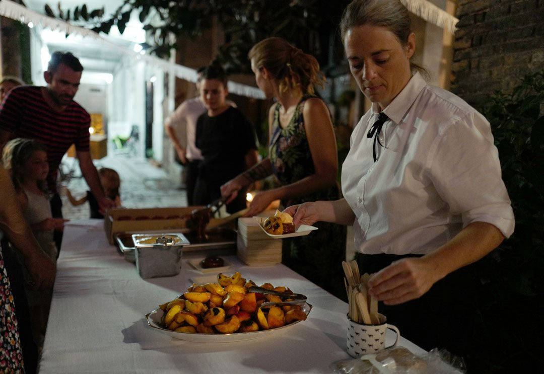 rooftop smokehouseL1230154 1080x743 - Seafood Boil i Barcelona
