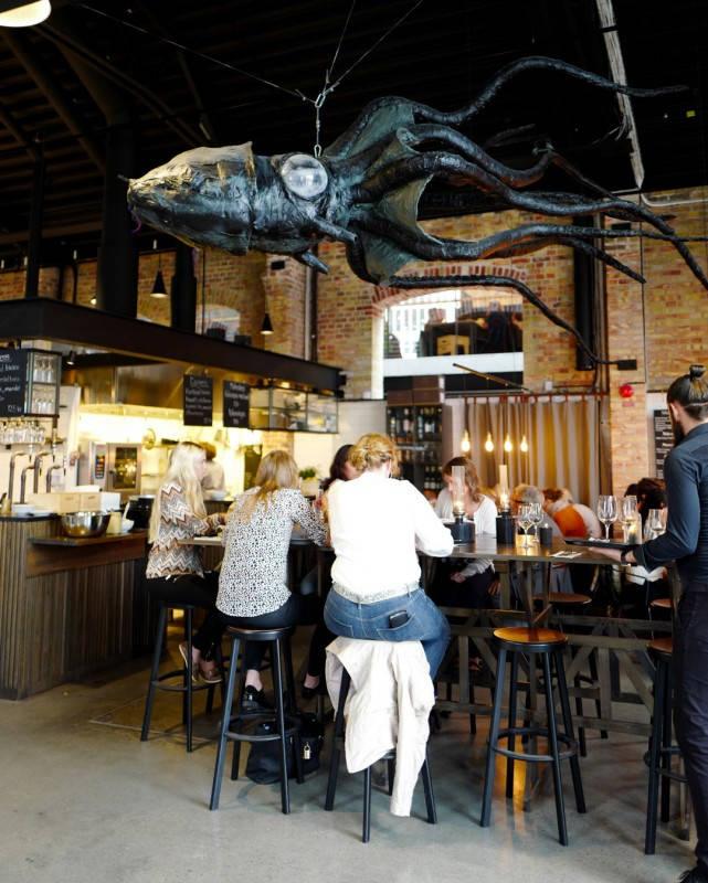 Skaane sverige drikke helleskitchen L1260760 - Malmö Saluhall – et paradis for matelskere