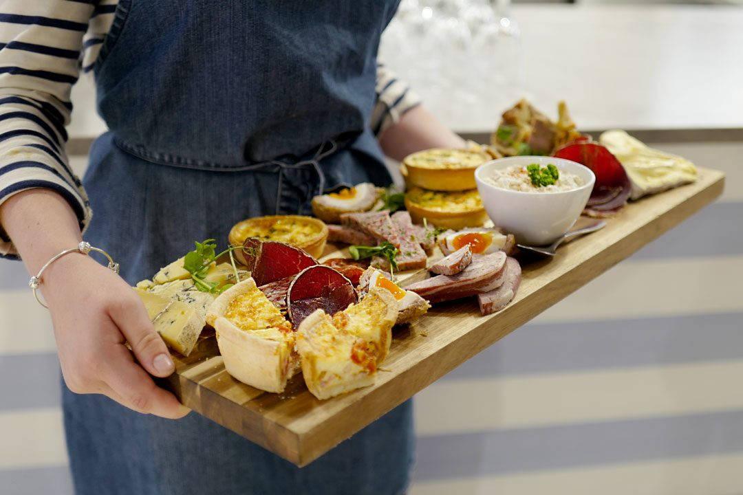 Cornwall devon uk foto HelleOederValebrokk L1290012 1 1080x720 - Ja, du finner fantastisk mat i England!