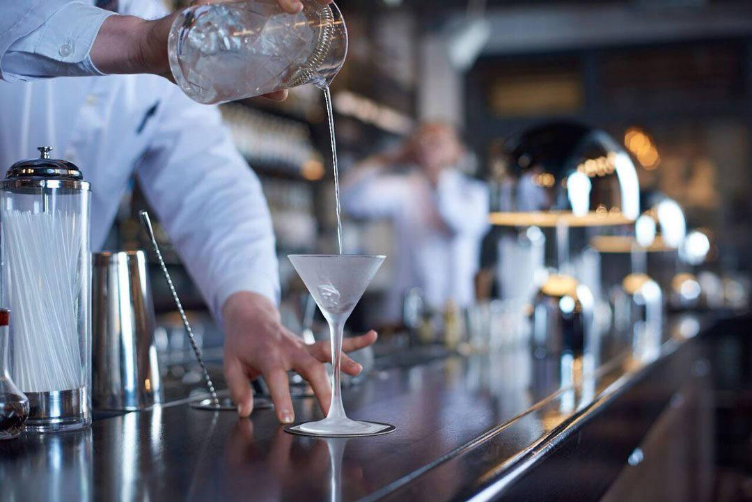 HIMKOK Mainbar Håvard Scheie Gin photo 1080x721 - Oslobaren Himkok er verdens 20. beste bar