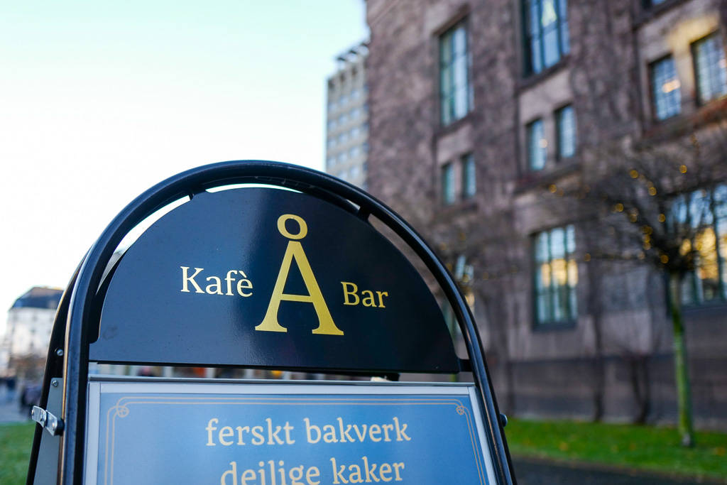 Å solliPlass frogner oslo afternoontea helleskitchenL1350150 - Afternoon Tea på ekte bibliotekskafé