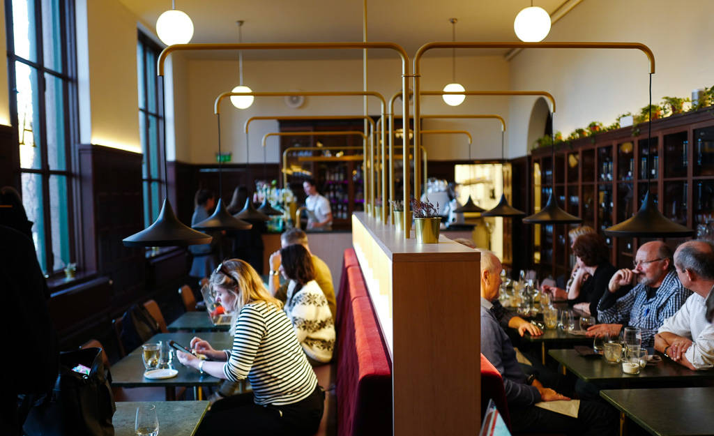 Å solliPlass frogner oslo afternoontea helleskitchenL1350200 - Afternoon Tea på ekte bibliotekskafé