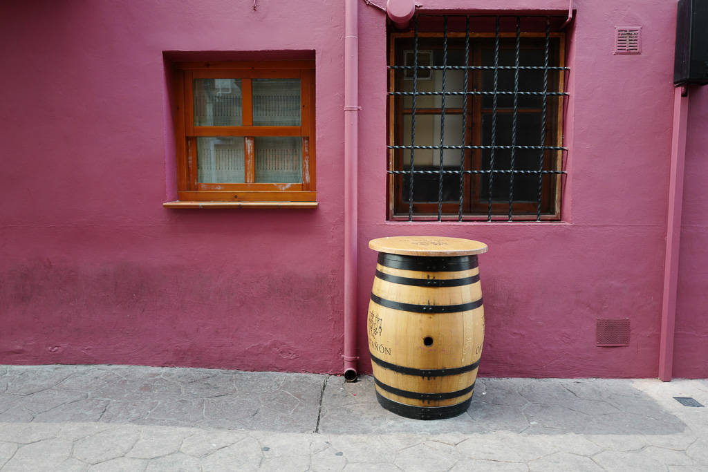 L1310823 - En vinrød tråd gjennom La Rioja