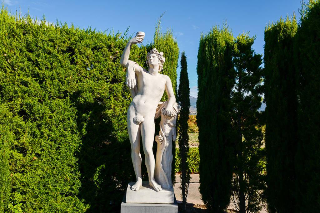 L1310944 - En vinrød tråd gjennom La Rioja