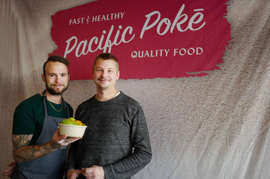 Pacific poke poke bowls helleskitchenL1330364 1080x715 - Poke til folket!