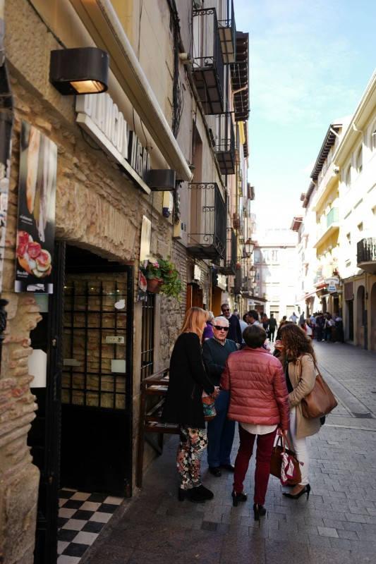 Pinchos lagrono larioja tapas helleskitchenL1320012 - Bli med til en av Spanias mest kjente tapasgater