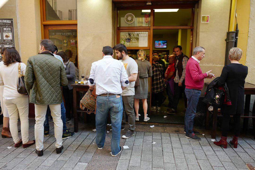 Pinchos lagrono larioja tapas helleskitchenL1320023 1080x720 - Bli med til en av Spanias mest kjente tapasgater