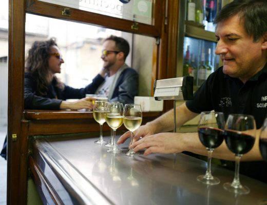 Pinchos lagrono larioja tapas helleskitchenL1320048 520x400 - Bli med til en av Spanias mest kjente tapasgater
