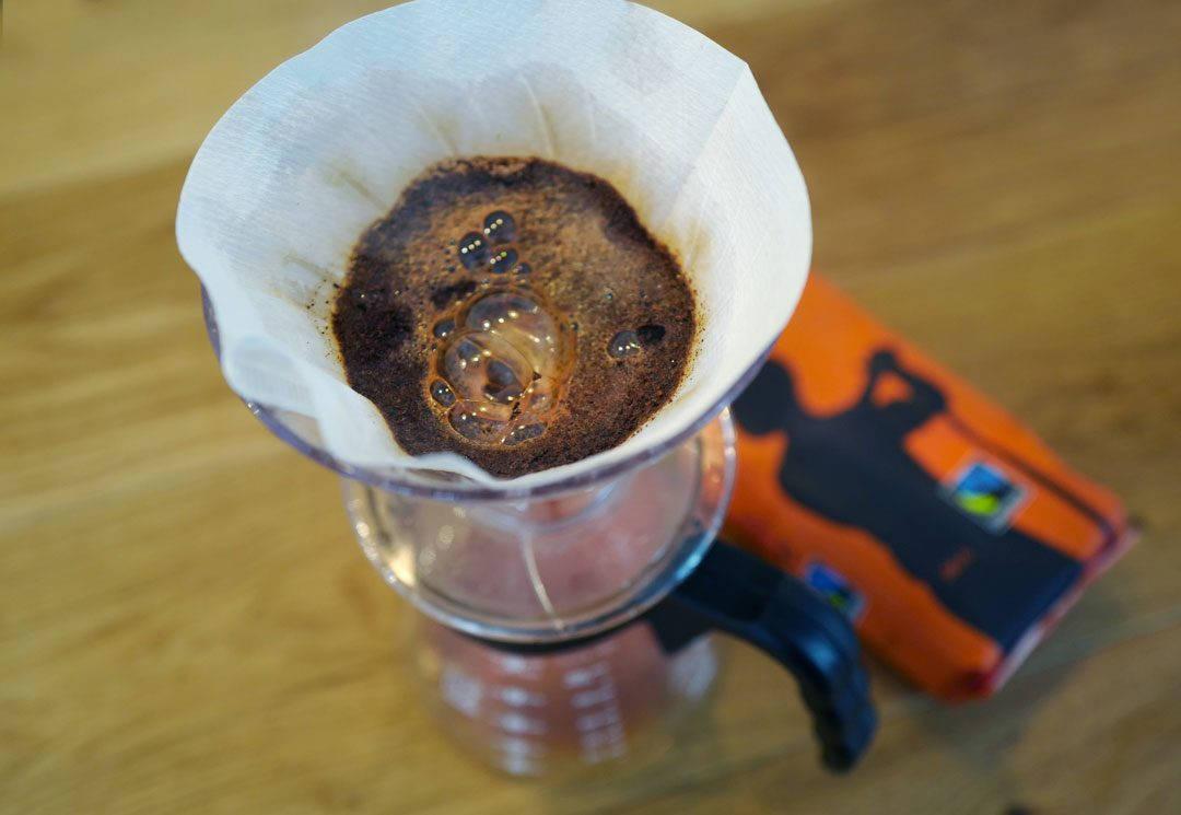 L1350917 1080x745 - Is med kaffesirup, ristede nøtter, marsipan og sjokolade