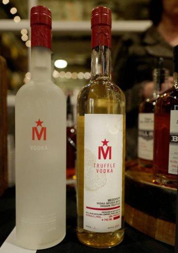 Oregon Troeffel vodka 365x520 - Trøfler og vin, fjell og sjø i Oregon