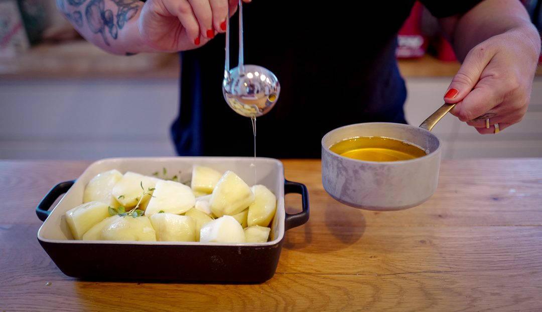 L1420761 1080x623 - De aller beste potetene, kryddersmør og en perfekt grillet biff