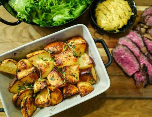 L1420772 520x400 - De aller beste potetene, kryddersmør og en perfekt grillet biff