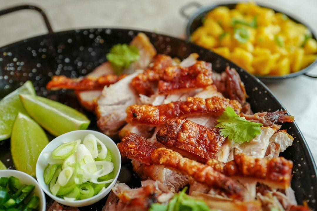 ribbe taco meksikansk fredagstaco mango helleskitchenL1440184 1080x720 - Ribbe-taco