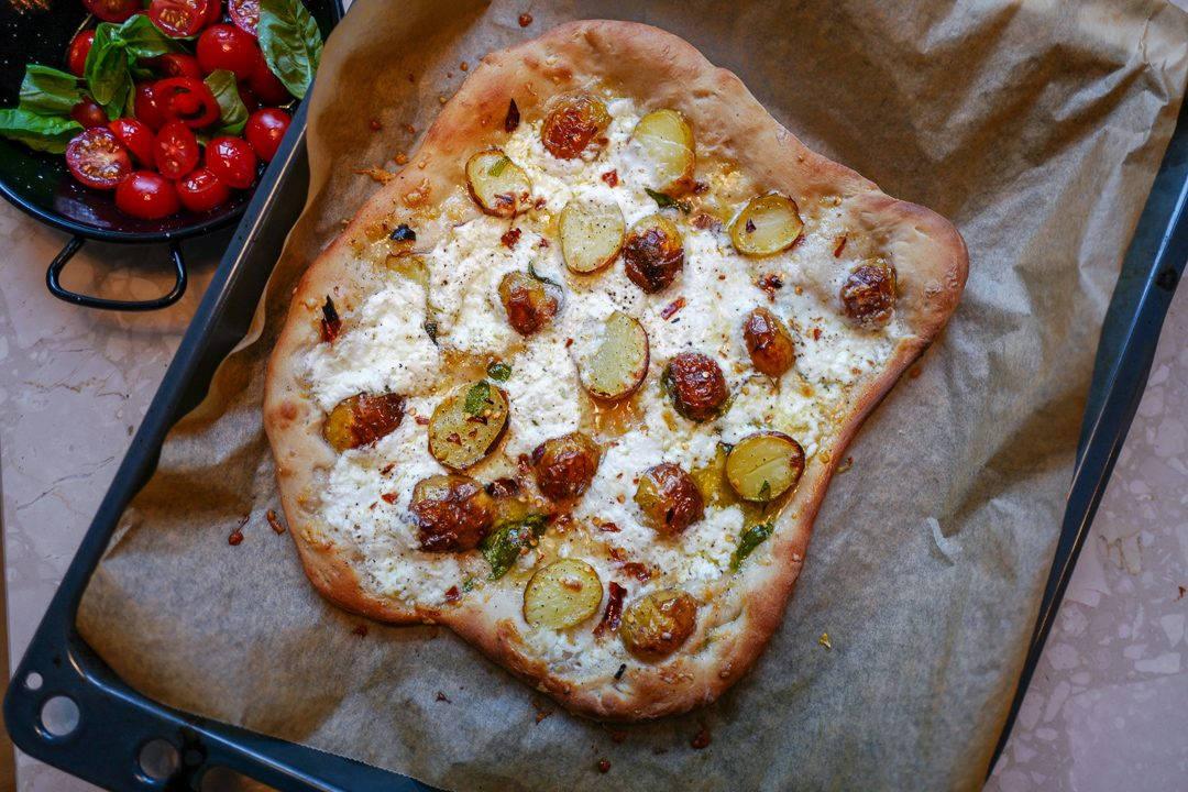 L1470755 1080x720 - Pizza med årets herligste poteter