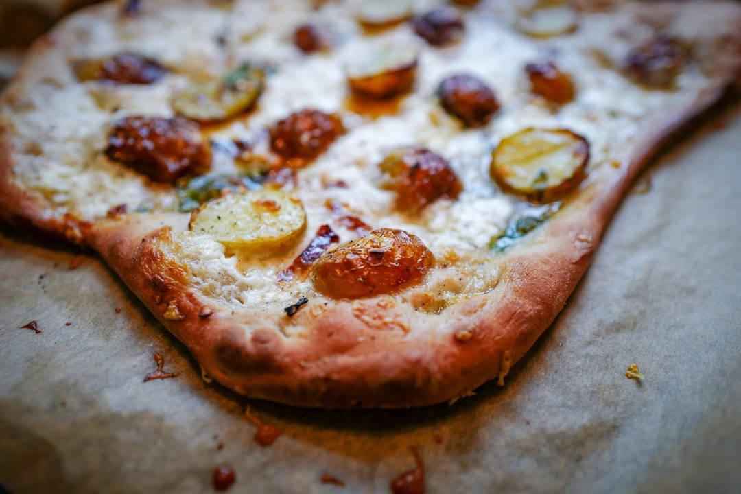 L1470757 1080x720 - Pizza med årets herligste poteter