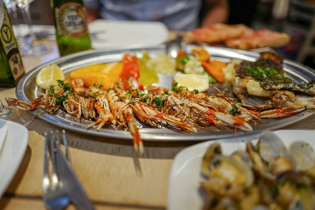 L1490315Barcelona costabrava cataluna helleskitchen 1080x720 - Fysen på fisk? Bli med til Barcelonas flotteste matmarked