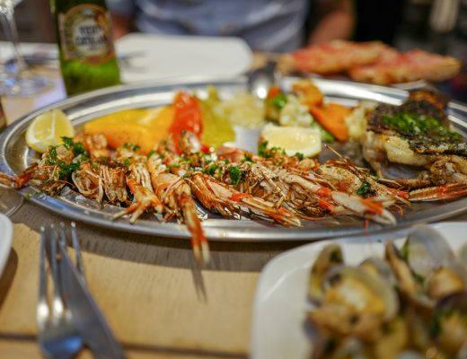 L1490315Barcelona costabrava cataluna helleskitchen 520x400 - Fysen på fisk? Bli med til Barcelonas flotteste matmarked