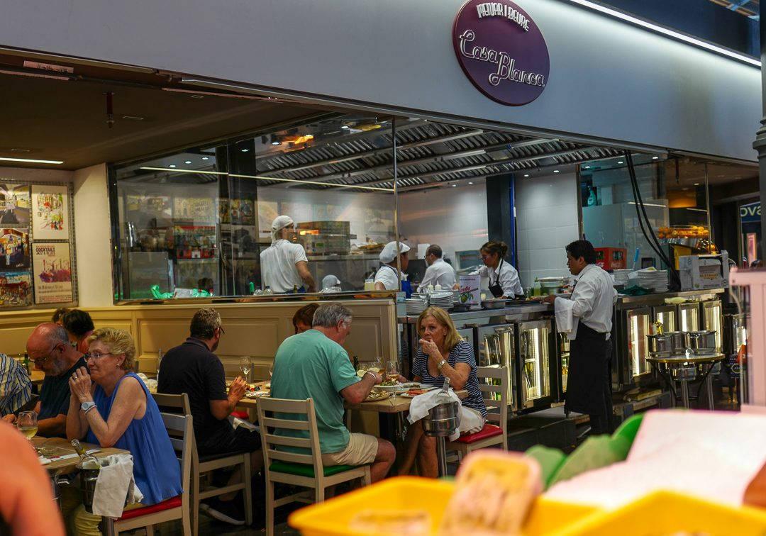 L1490321Barcelona costabrava cataluna helleskitchen 1080x756 - Fysen på fisk? Bli med til Barcelonas flotteste matmarked